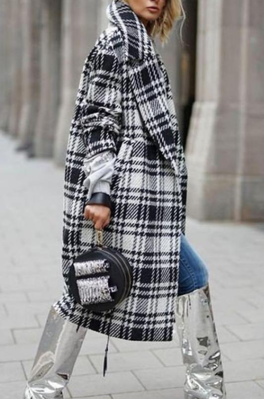 abrigo de cuadros para el frio
