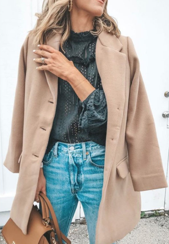 abrigo beige para el frío