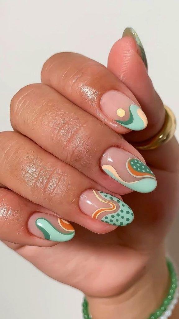 uñas con colores